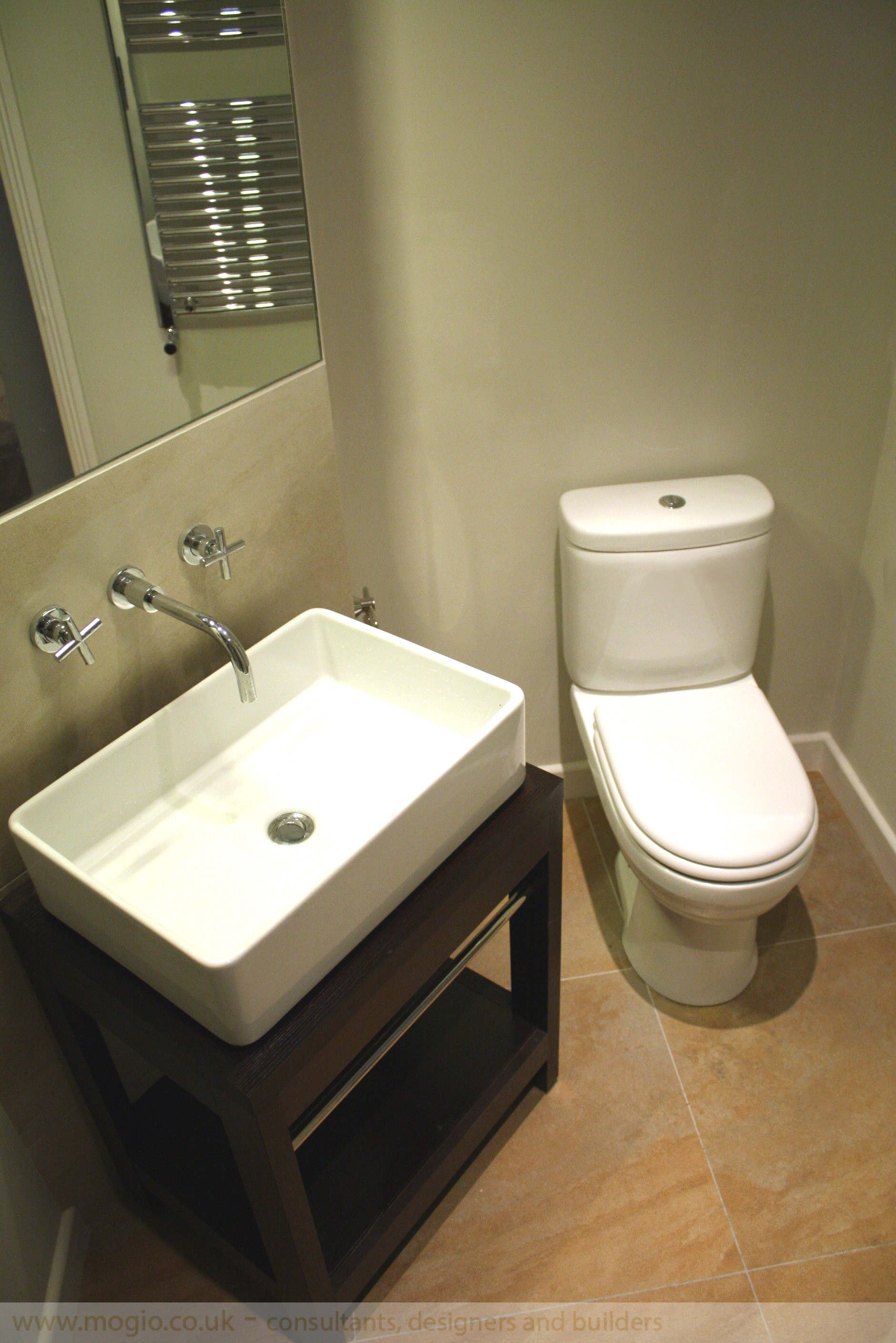 modern.bathoom.corner.wc